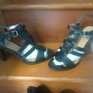 Nine West size 12 sandals